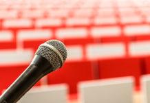 Przemówienia publiczne – jak zwalczyć swój lęk i dobre przemawiać